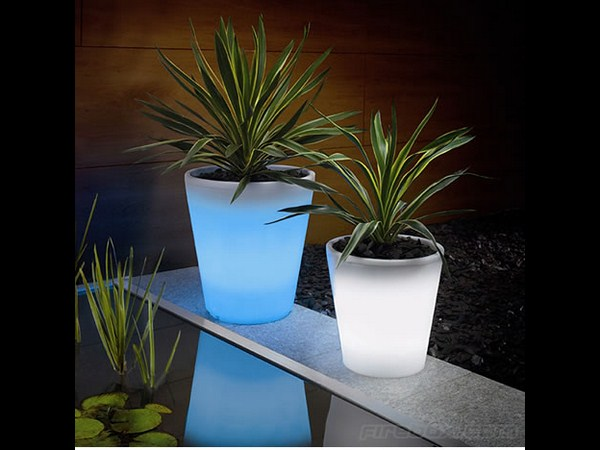 Solar Powered Plant Pot