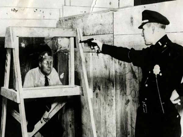 Bulletproof Glass (New York, 1931)