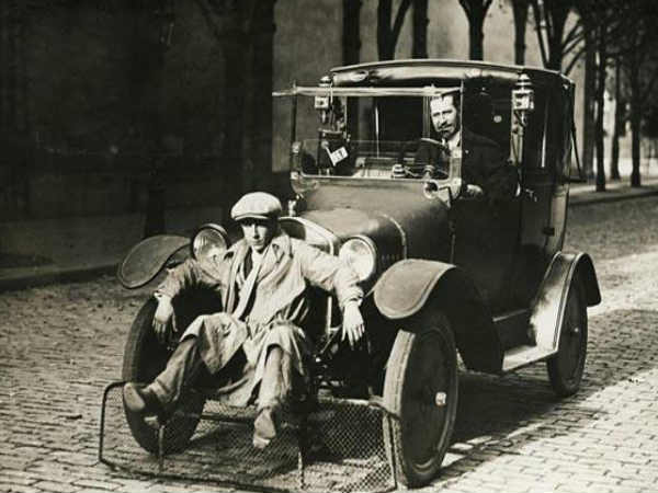 Car With Shovel For Pedestrians (Paris, 1924)