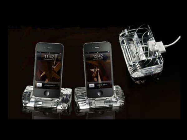 iPhone 4 Crystal Docking Station