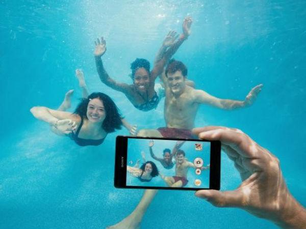 Sony Xperia Waterproof cheating ad