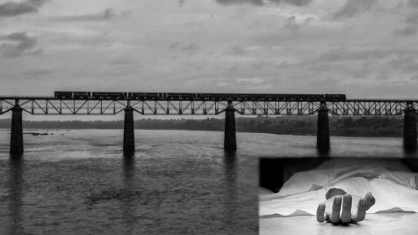 Selfie Accident: தண்டவாளத்தில் செல்பி எடுத்த இரண்டு இளம்பெண்களில் ஒருவர் மரணம்-மற்றொருவர் நிலை என்ன?