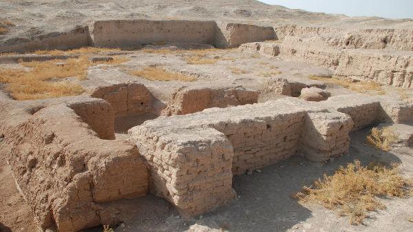 பண்டைய நகரத்தின் எச்சங்கள்