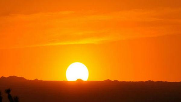 சூரியனே இல்லா நகரம்: தொடர்ந்து 60 நாட்களுக்கு 24 மணிநேரமும் இரவு மட்டுமே- எங்கு தெரியுமா?