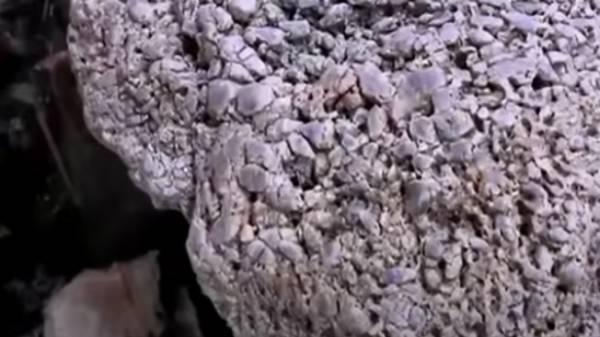 தெய்வம்., பூமியை பிளந்தும் கொடுக்கும்- கிணறு தோண்டும்போது கிடைத்த அபூர்வ கல்- 510 கிலோ, ரூ.745 கோடி மதிப்பு!