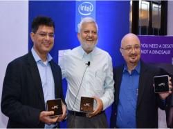 விண்டோஸ் 8.1 கொண்ட காம்பாக்ட் கம்ப்யூட்ரை இன்டெல் நிறுவனம் வெளியிட்டுள்ளது