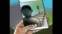 குடும்ப பிரச்னைக்கு தற்கொலை முயற்சி: வாலிபரை காப்பாற்றிய செல்பி.!